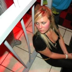 LoriTaTiny 29 Jahre, aus Sindelfingen