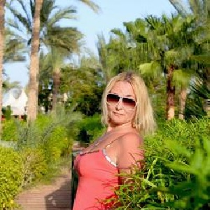 ChristaPamela 41 Jahre, aus Steinenbronn